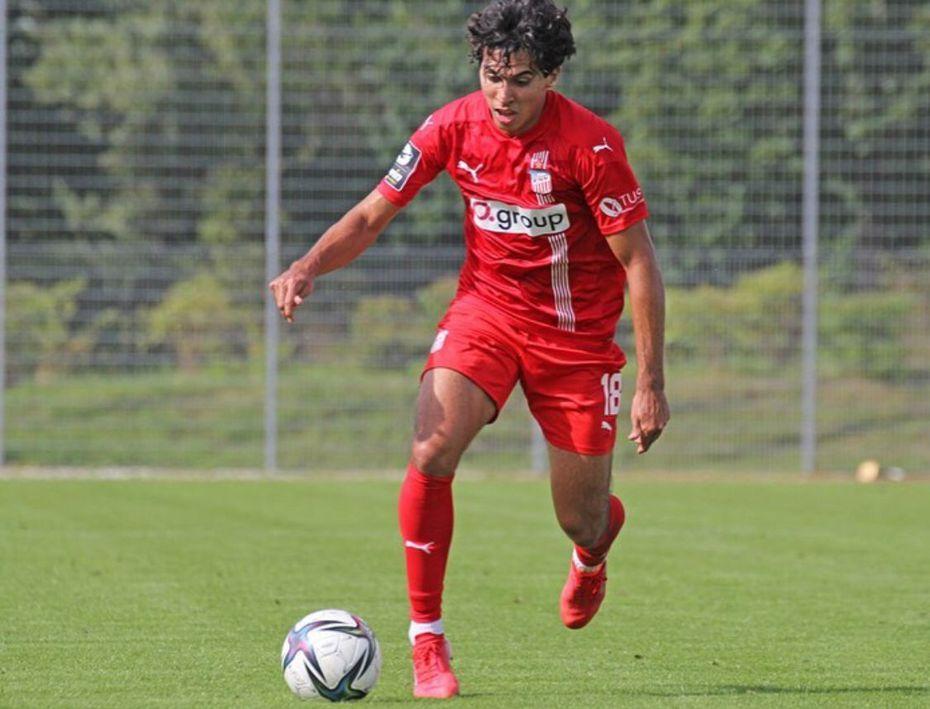 El delantero Johan Gómez en un entrenamiento con el FSV Zwickau de la tercera división alemana.