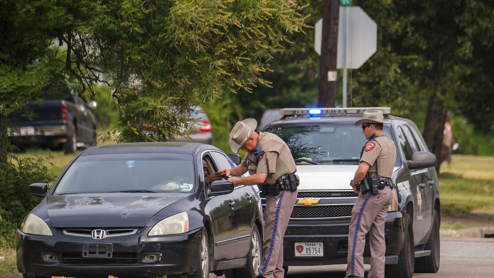 En agosto de 2019, los policías estatales de DPS realizaron patrullajes. La intervención de los agentes de DPS fue polémica entonces.