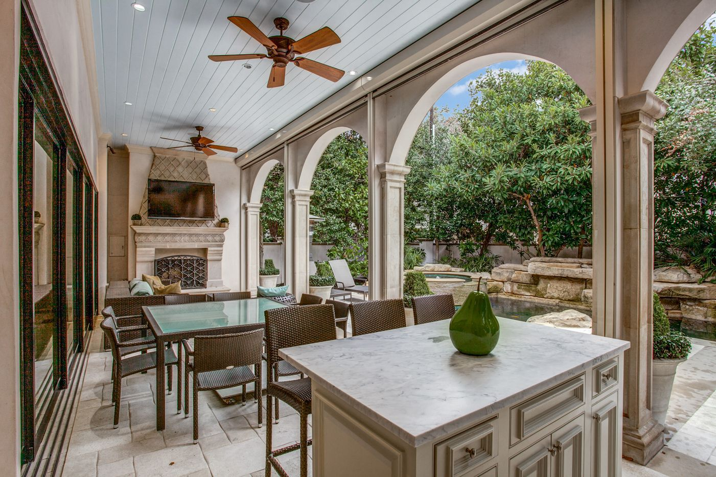 A look at the outdoor living area of the Dallas home Kameron Westcott is selling.