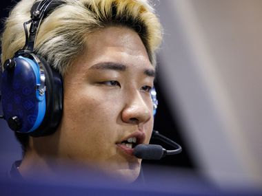 "Pictured here in 2019, Son ""OGE"" Min-seok was traded from the Dallas Fuel to the Los Angeles Gladiators over the offseason."