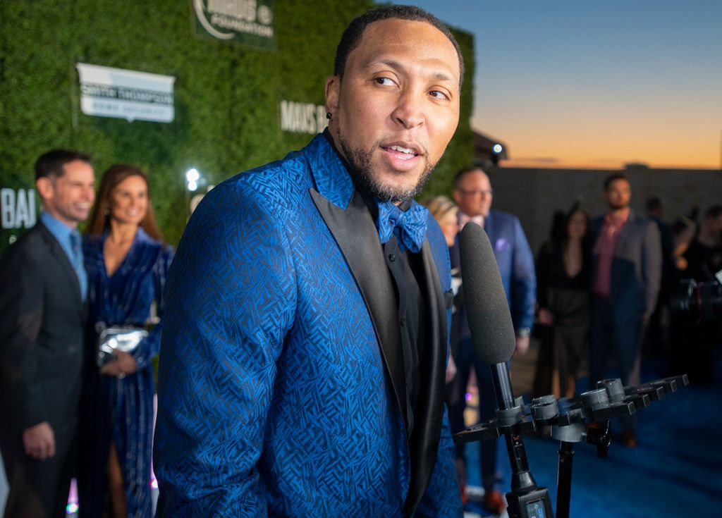 Former Mavs player Shawn Marion pauses on the blue carpet prior to the Mavs Ball at Million Air in Addison, Texas on March 7, 2020.