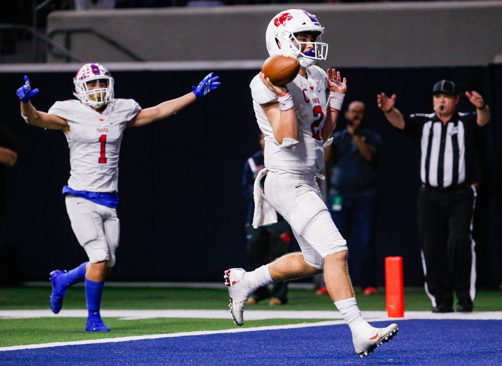 Parish Episcopal Preston Stone (2) rushes 13 yards for a touchdown against the Houston St. ThomasÕs defense in the fourth quarter of a TAPPS Division I state semifinal game at the Star in Frisco, on Saturday, November 30, 2019. Parish Episcopal won 41-21. (Juan Figueroa/The Dallas Morning News)