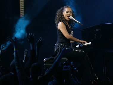 Alicia Keys performed before more than 108,000 fans at halftime during the NBA All-Star game at Cowboys Stadium in Arlington on Feb. 14, 2010.
