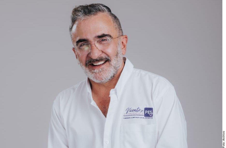 Vicente Fernández jr. desmintió haber estado en rehabilitación.