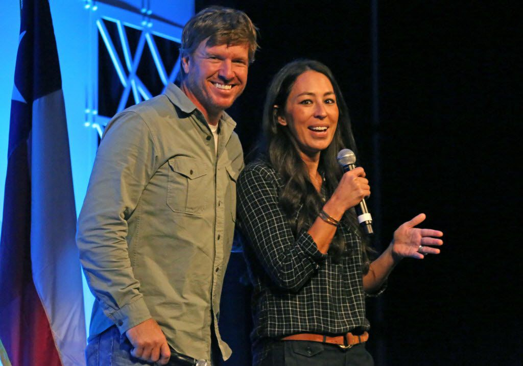 Chip and Joanna Gaines of Magnolia Homes and HGTVÕs Fixer Upper show are photographed while speaking at the Gaylord Texan Convention Center in Grapevine, Texas photographed on Wednesday, August 3, 2016. (Louis DeLuca/The Dallas Morning News)