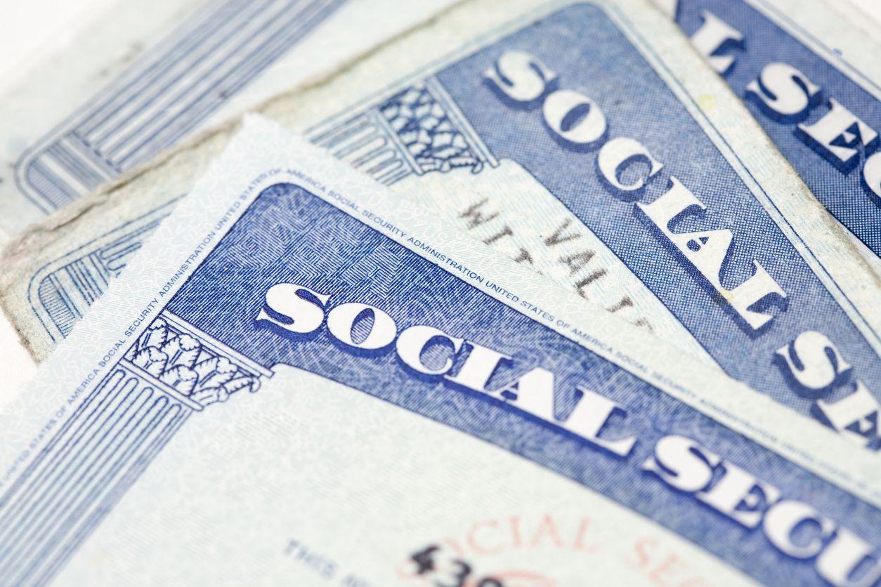 Tarjetas de la Administración del Seguro Social de Estados Unidos.