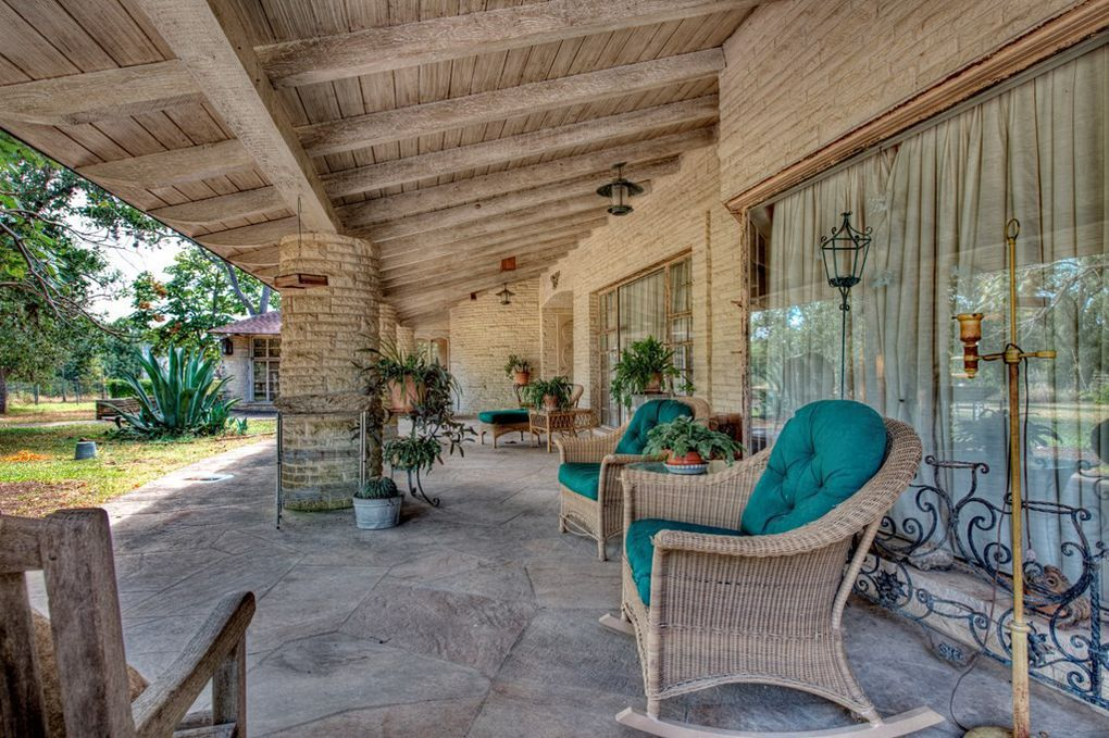 The Dilbeck-designed house is on 100 acres.