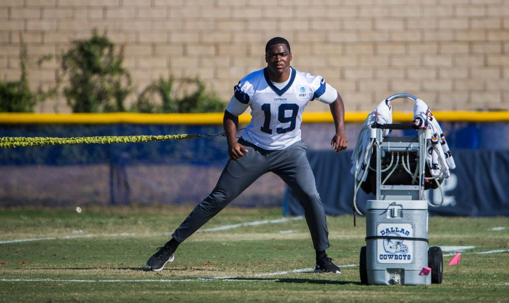 Dallas Cowboys wide receiver Amari Cooper (19) works out during an afternoon practice at training camp in Oxnard, California on Wednesday, August 7, 2019. (Ashley Landis/The Dallas Morning News)