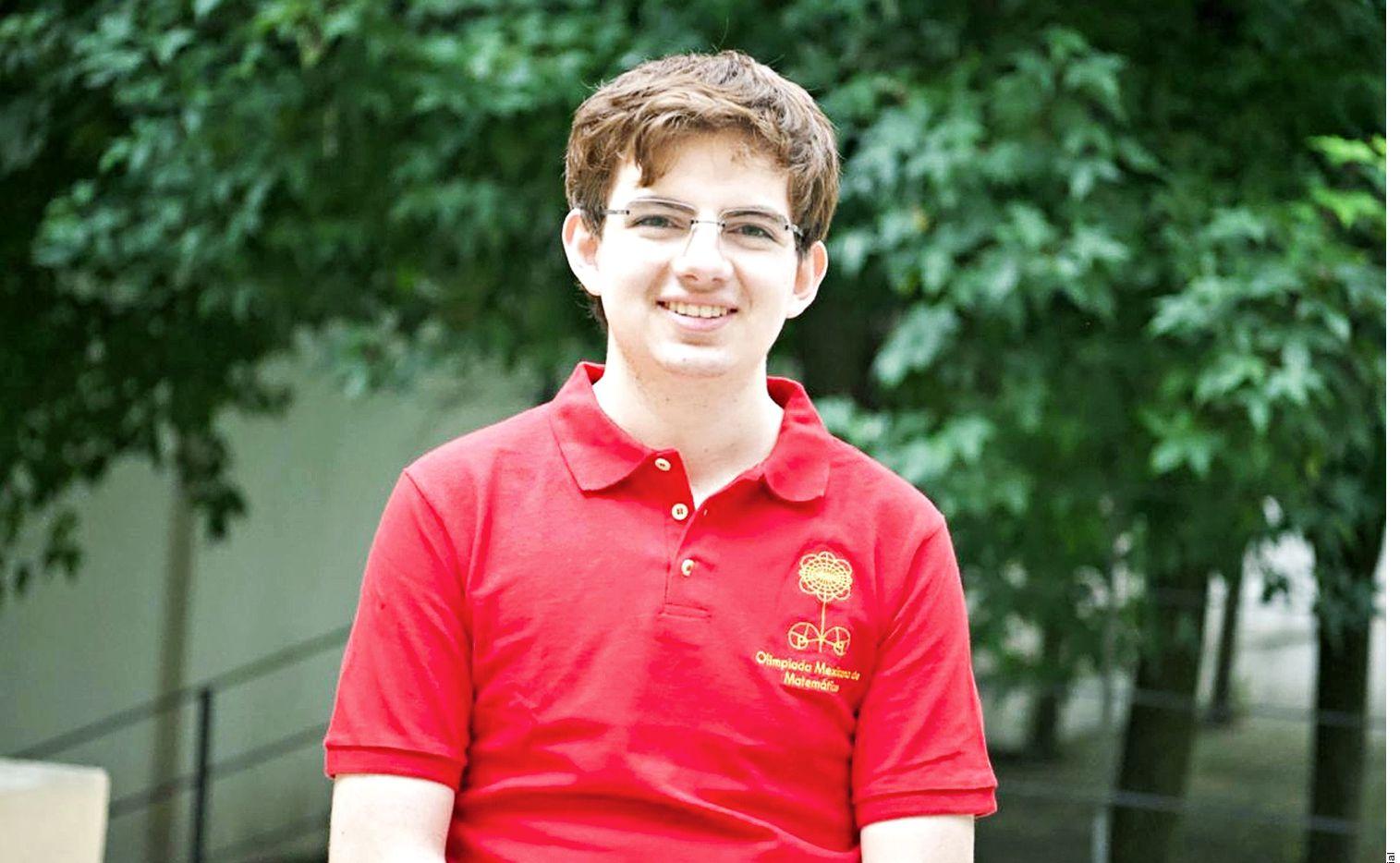 El preparatoriano Tomás Cantú Rodríguez, de CDMX, gana medalla áurea en la Olimpiada Internacional de Matemáticas en San Petersburgo.