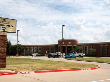 Robert E. Lee Elementary School in Grand Prairie on Sept. 25, 2017.