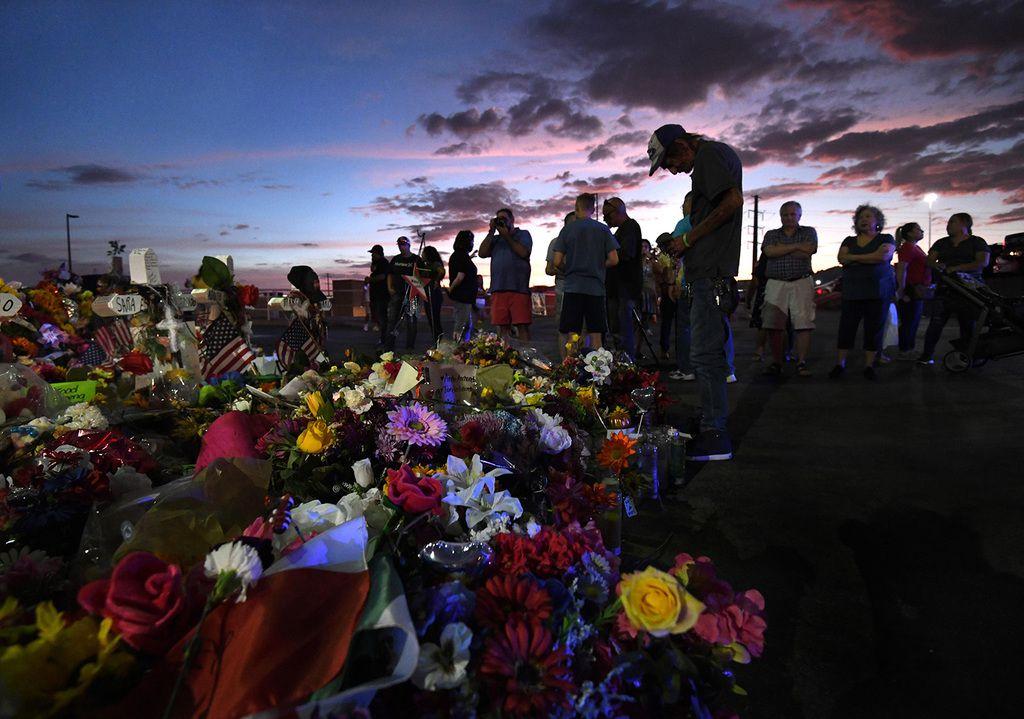 Leyes que fueron presentadas a la Legislatura podrían haberse aplicado para prevenir algunas de las cuatro masacres en Texas en los últimos años.