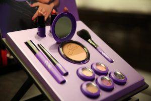 La colección de maquillaje MAC Selena en la tienda cosméticos MAC de NorthPark Center en octubre 2016 (Rose Baca/DMN)