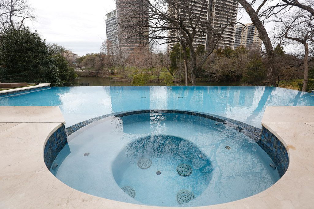 "Infinity pool at Travis and Stephanie Hollman's home in Dallas on Thursday, Feb. 21, 2019. Stephanie is a cast member on ""The Real Housewives of Dallas"". (Rose Baca/Staff Photographer)"