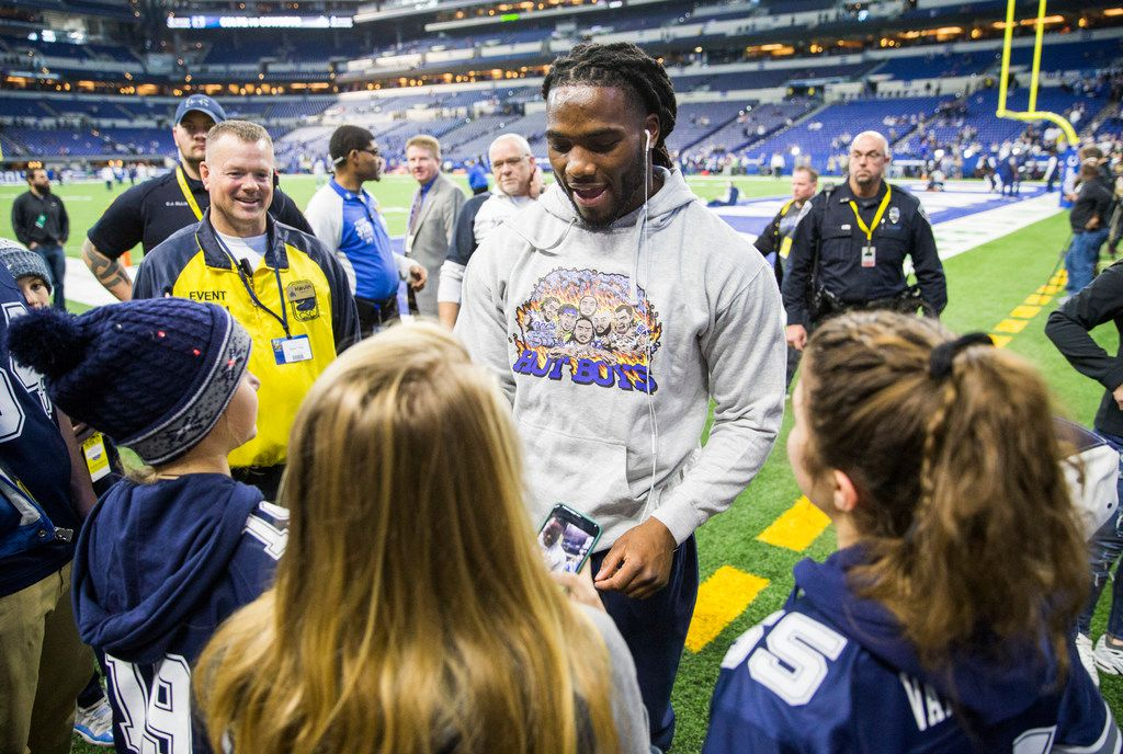 Dallas Cowboys middle linebacker Jaylon Smith (54) signs autographs before an NFL game between the Dallas Cowboys and the Indianapolis Colts on Sunday, December 16, 2018 at Lucas Oil Stadium in Indianapolis, Indiana. (Ashley Landis/The Dallas Morning News)