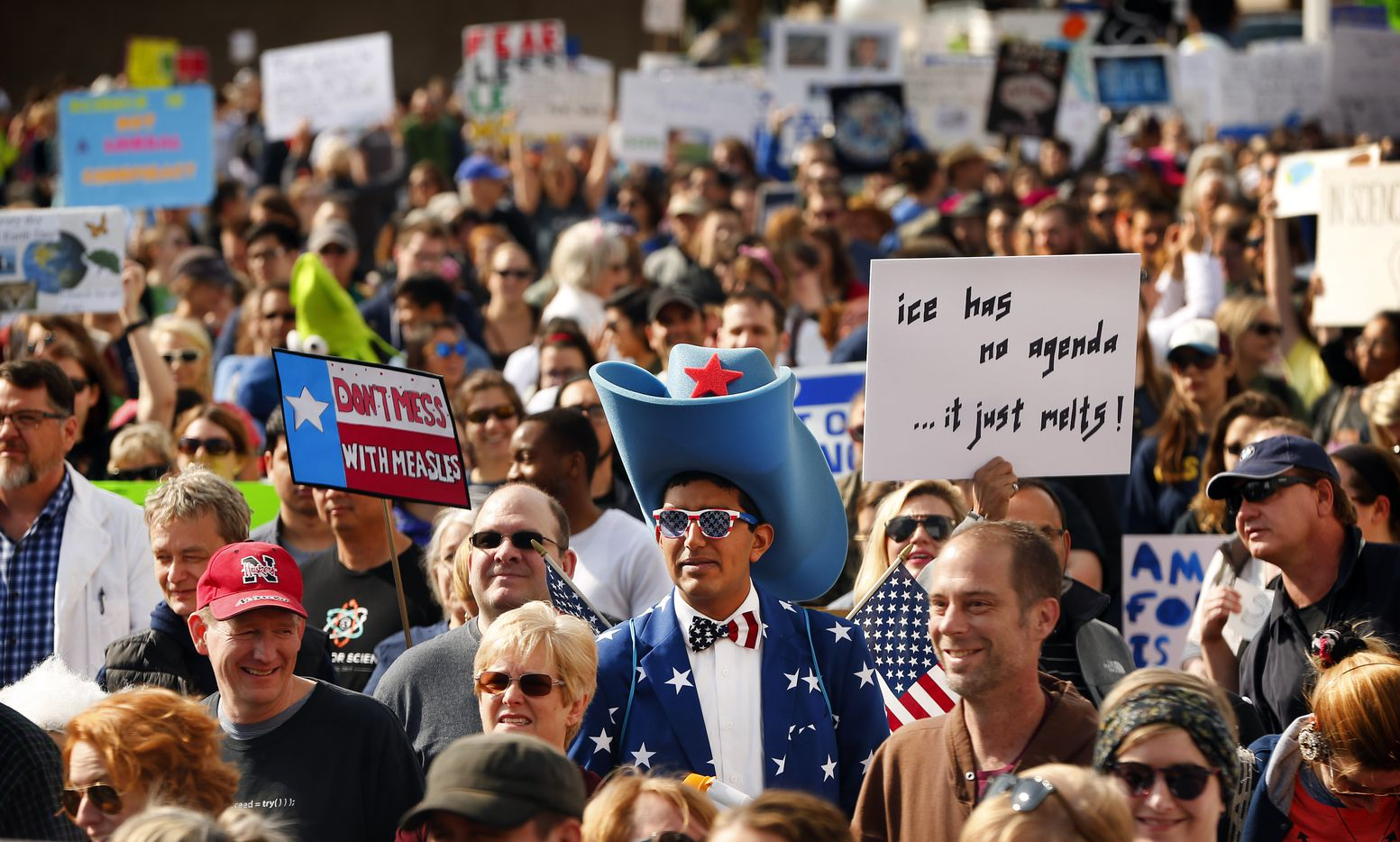 The March For Science rally kicked off with supporters rallying at Dallas City Hall before marching to Fair Park's Earth Day celebration, Saturday, April 22, 2017. (Tom Fox/The Dallas Morning News)