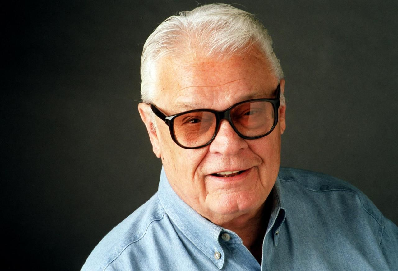 Blackie Sherrod won so many awards over more than six decades at Texas newspapers, including The Dallas Morning News starting in 1985, that he stopped keeping plaques or certificates for anything other than first place.