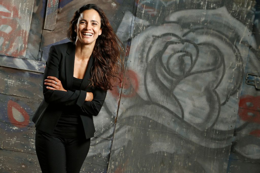"""She smiles! Alice Braga shines on the set of """"Queen of the South"""" at South Side Studios in Dallas."""