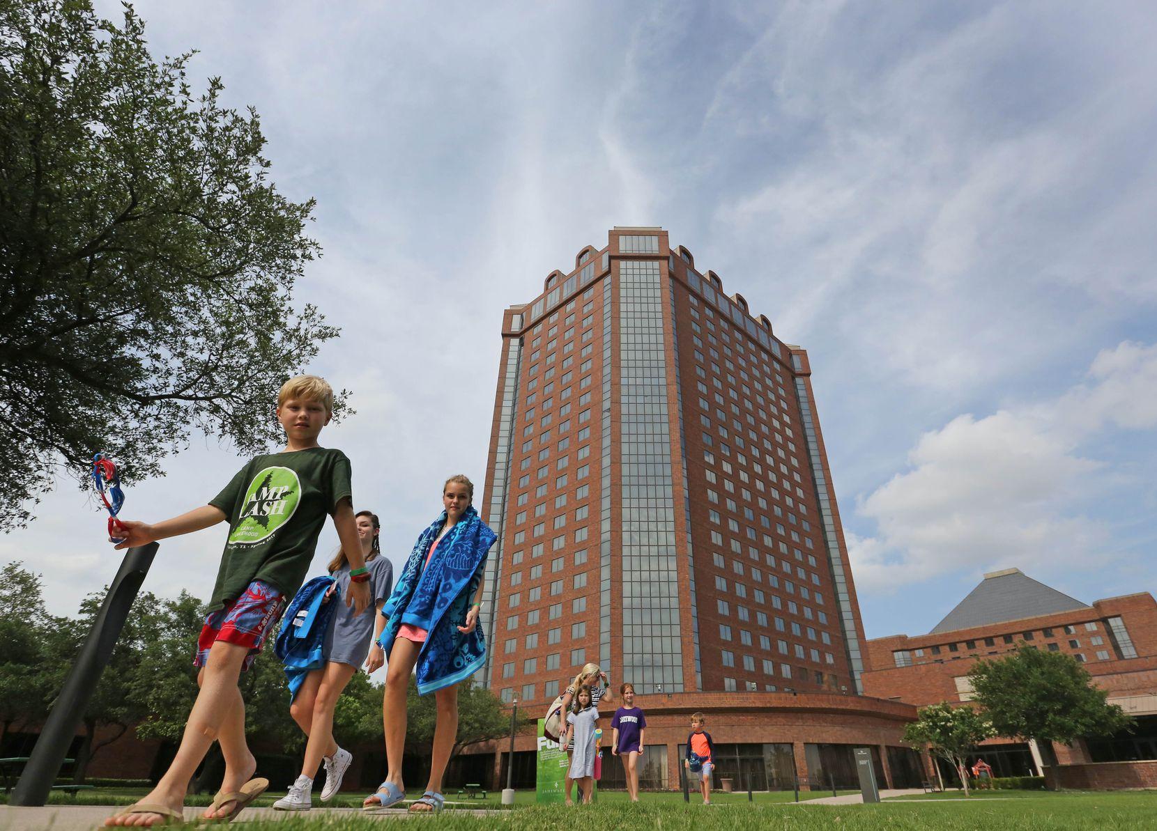 Dallas' Hilton Anatole Hotel made the top five meeting hotel ranking.