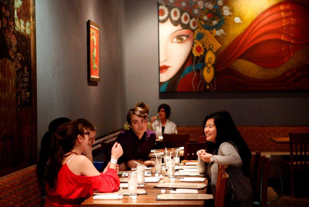 Diners at Mah-Jong Chinese Kitchen