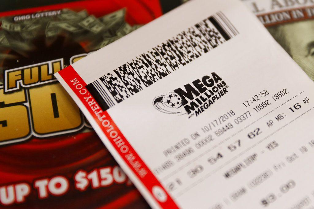 """Foto tomada el 17 de octubre del 2018 en Cincinatti de boletos de la lotería estadounidense """"Mega Millions"""". (AP Photo/John Minchillo)"""