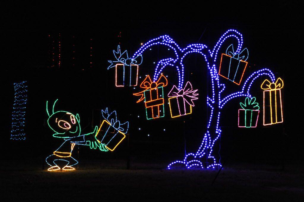 Prairie Lights es una de las opciones para ver lucecitas navideñas en el Metroplex esta temporada. Foto DMN