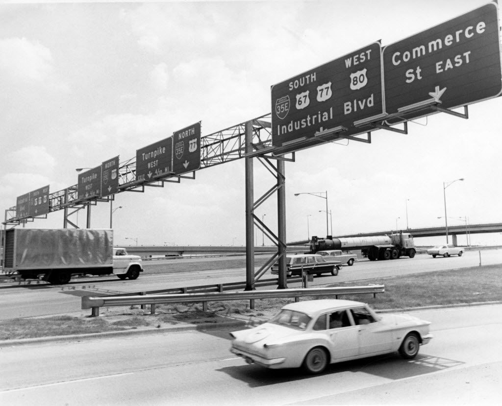 Cars driving on the newly completely R.L. Thornton Freeway on July 1966.