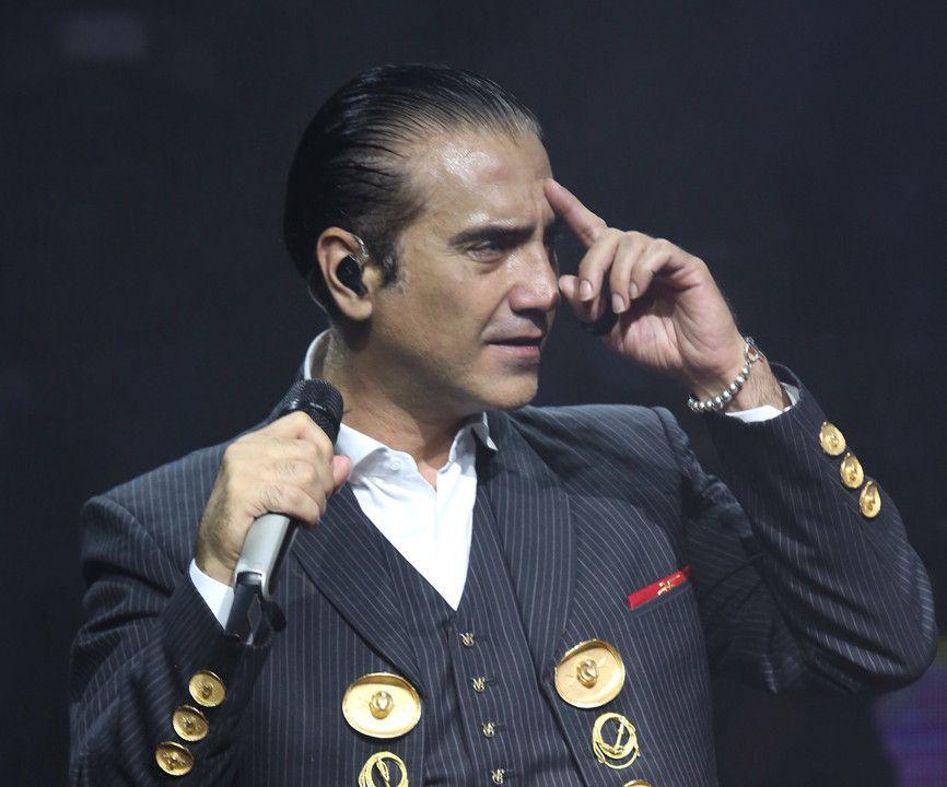 Porque no canta mal las rancheras y el traje de charro le queda bien, Alejandro Fernández retomará su faceta como intérprete de música vernácula. /AGENCIA REFORMA