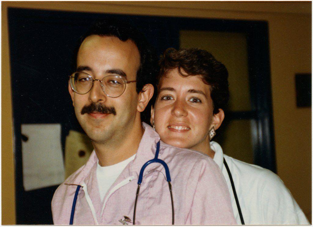 Ward 5B nurses Sasha Cuttler and Mary Magee Credit: San Francisco General Hospital AIDS Ward 5B/5A Archives, SFH 12, San Francisco History Center, San Francisco Public Library