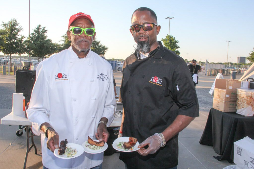 Off the Bone gourmet BBQ was one of the restaurants represented at Taste of the NFL.