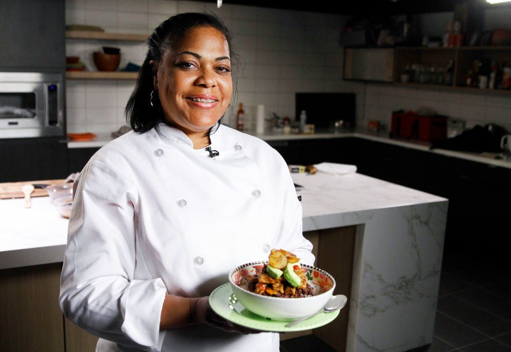 Chef Cynthia Nevels of Soulgood Vegan Food Truck with her Havana Bowl