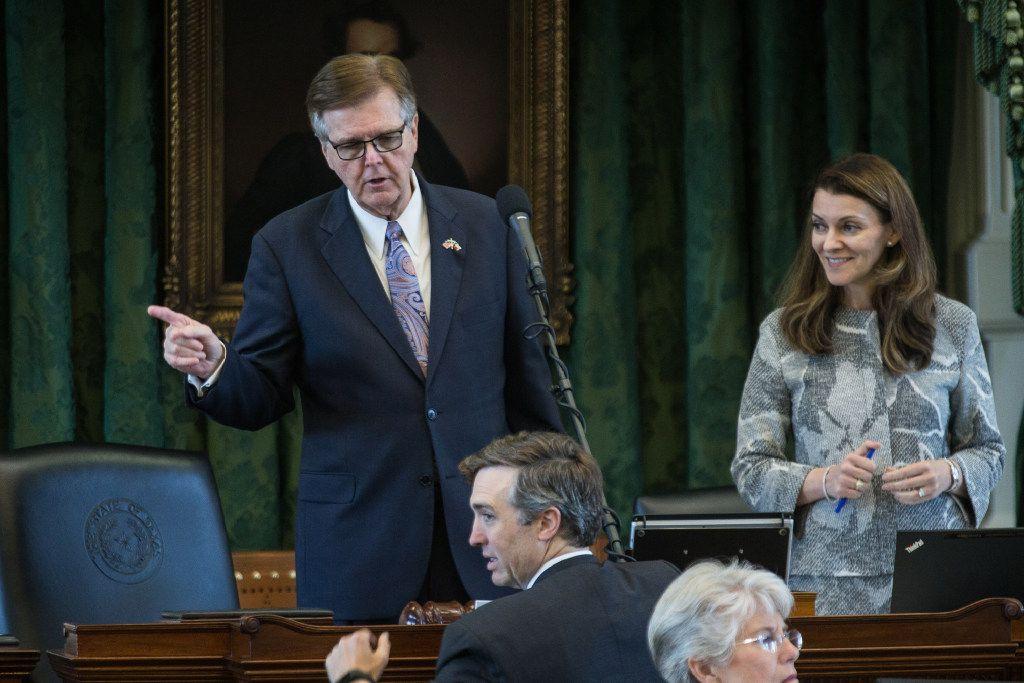 Lt. Gov. Dan Patrick speaks with Sen. Van Taylor in the Senate chamber during the Legislature's special session. (Tamir Kalifa/Austin American-Statesman)