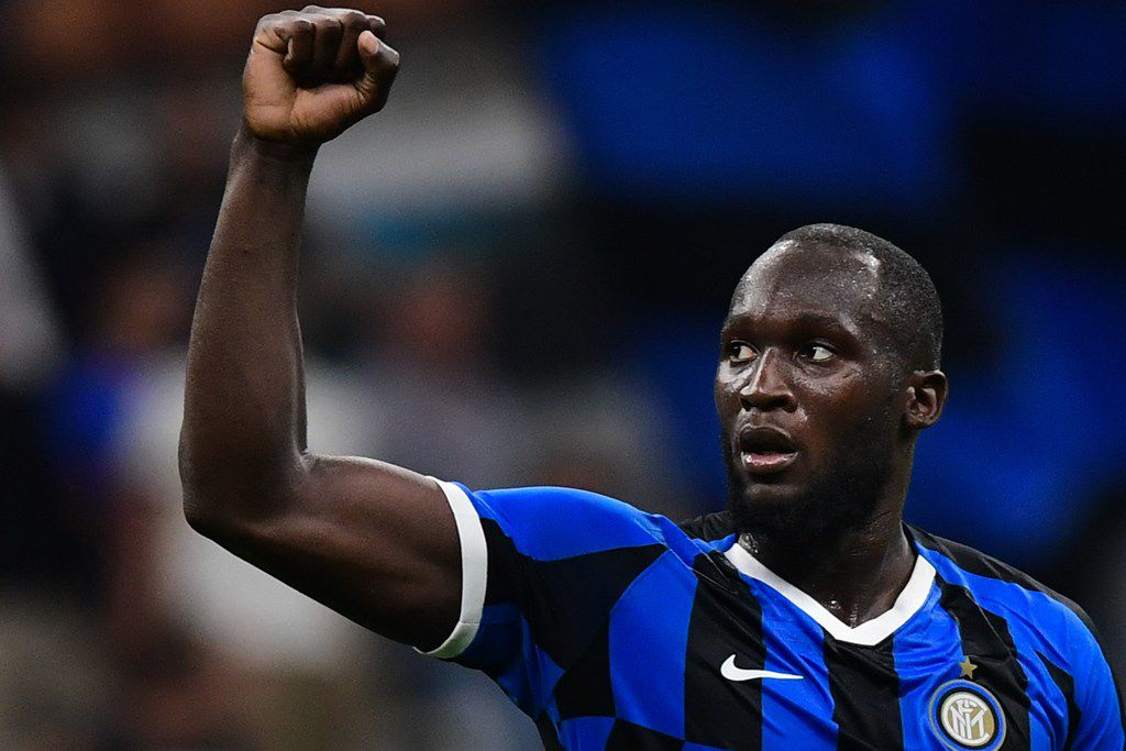 Inter Milan's Belgian forward Romelu Lukaku acknowledges the public at the end of the Italian Serie A football match Inter Milan vs US Lecce on August 26, 2019 at the San Siro stadium in Milan. (Photo by Miguel MEDINA / AFP)MIGUEL MEDINA/AFP/Getty Images