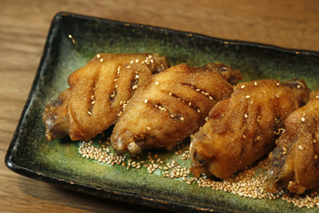 Nagoya-style chicken wings at Mr. Max