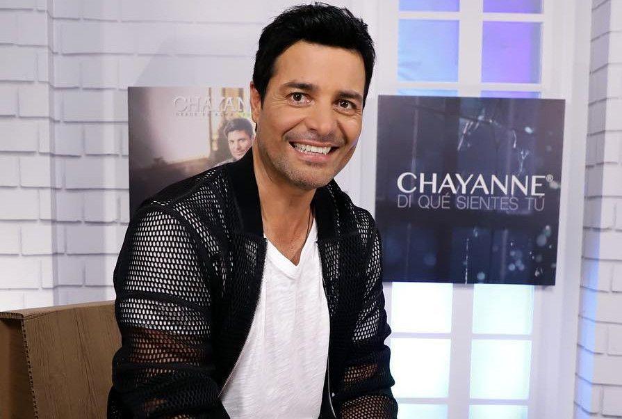 El cantante Chayanne tiene el hábito de hacer ejercicio todo los días en su casa./ AGENCIA REFORMA