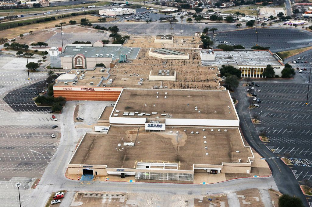 The Starbucks will be built on a vacant lot along Camp Wisdom Road (not visible in this photo) right across from the recently closed Macy's. Southwest Center Mall  reverted to its original name of Red Bird Mall this year as part of its redevelopment.