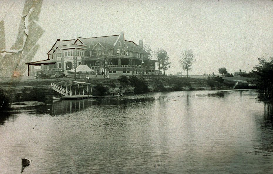 The Dallas Country Club in a vintage photo dating to 1912. DMN File photo.