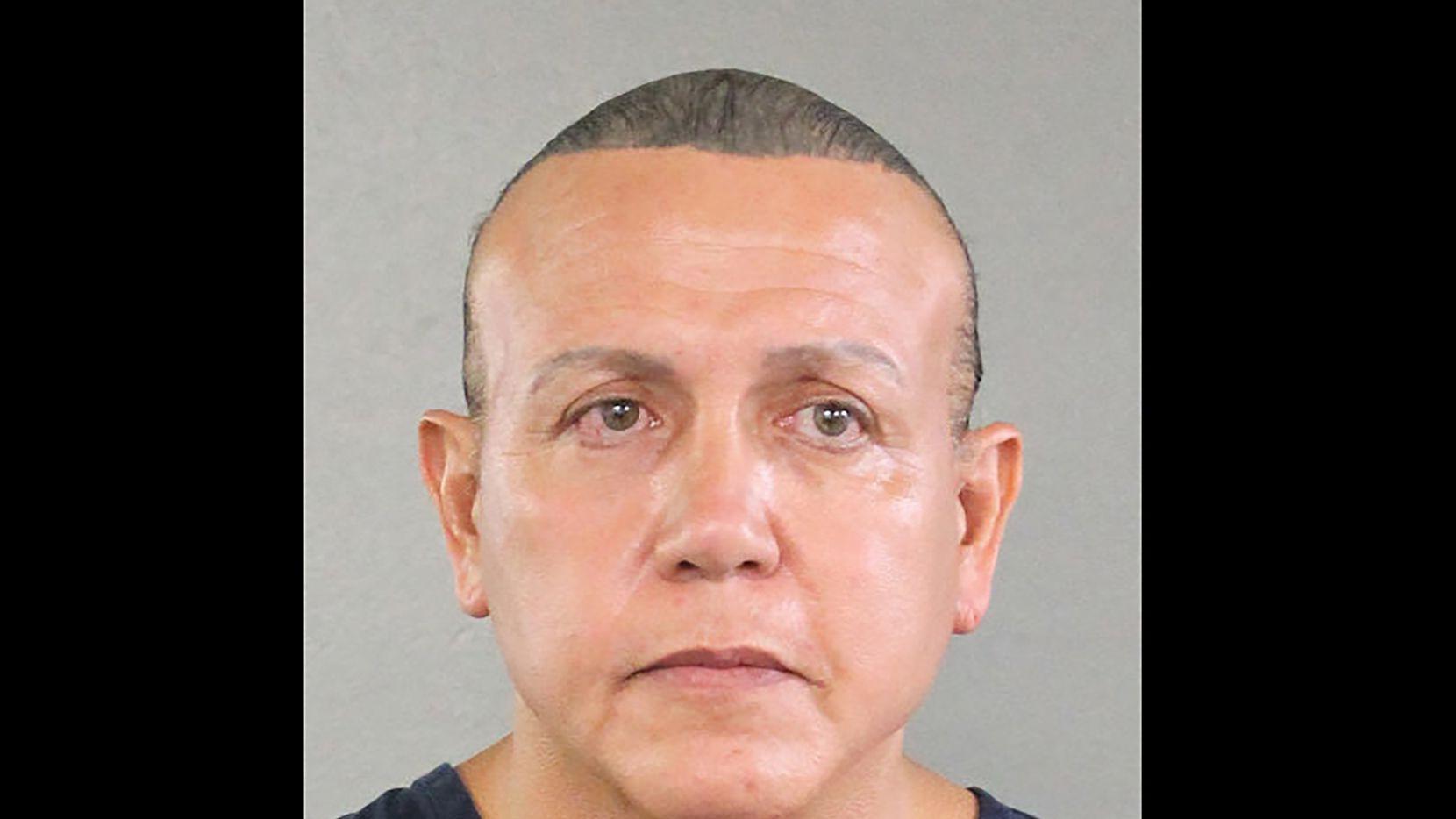 Cesar Sayoc, un afiliado al Partido Republicano, fue arrestado en conexión al envio de 12 paquetes bomba a promintentes críticos de Donald Trump.
