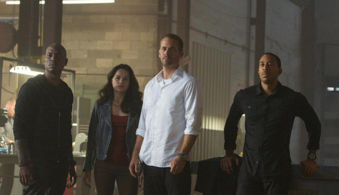 "Tyrese Gibson, Michelle Rodríguez, Paul Walker y Chris ""Ludacris"" Bridges en ""Furious 7"". (AP/UNIVERSAL PICTURES)"