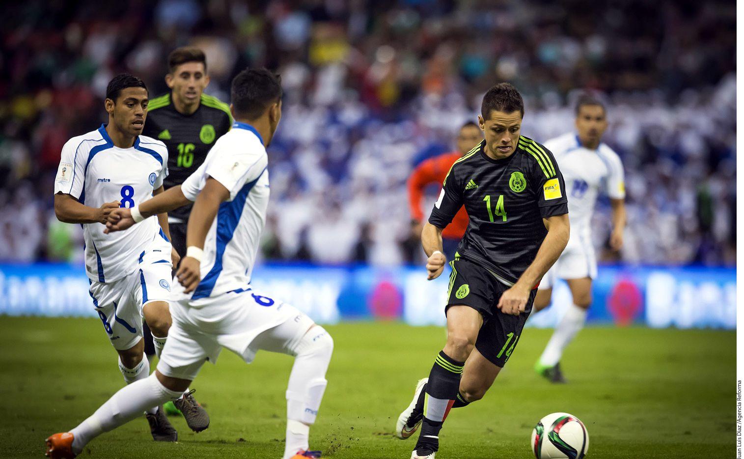 Javier Hernández y la selección mexicana se medirán a Gales en mayo en California. /AGENCIA REFORMA