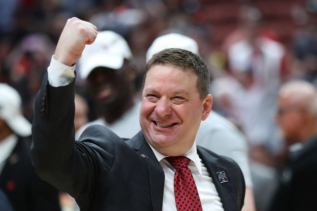 ANAHEIM, CALIFORNIA - MARCH 30: Head coach Chris Beard of the Texas Tech Red Raiders celebrates after defeating the Gonzaga Bulldogs during the 2019 NCAA Men's Basketball Tournament West Regional at Honda Center on March 30, 2019 in Anaheim, California. (Photo by Sean M. Haffey/Getty Images)
