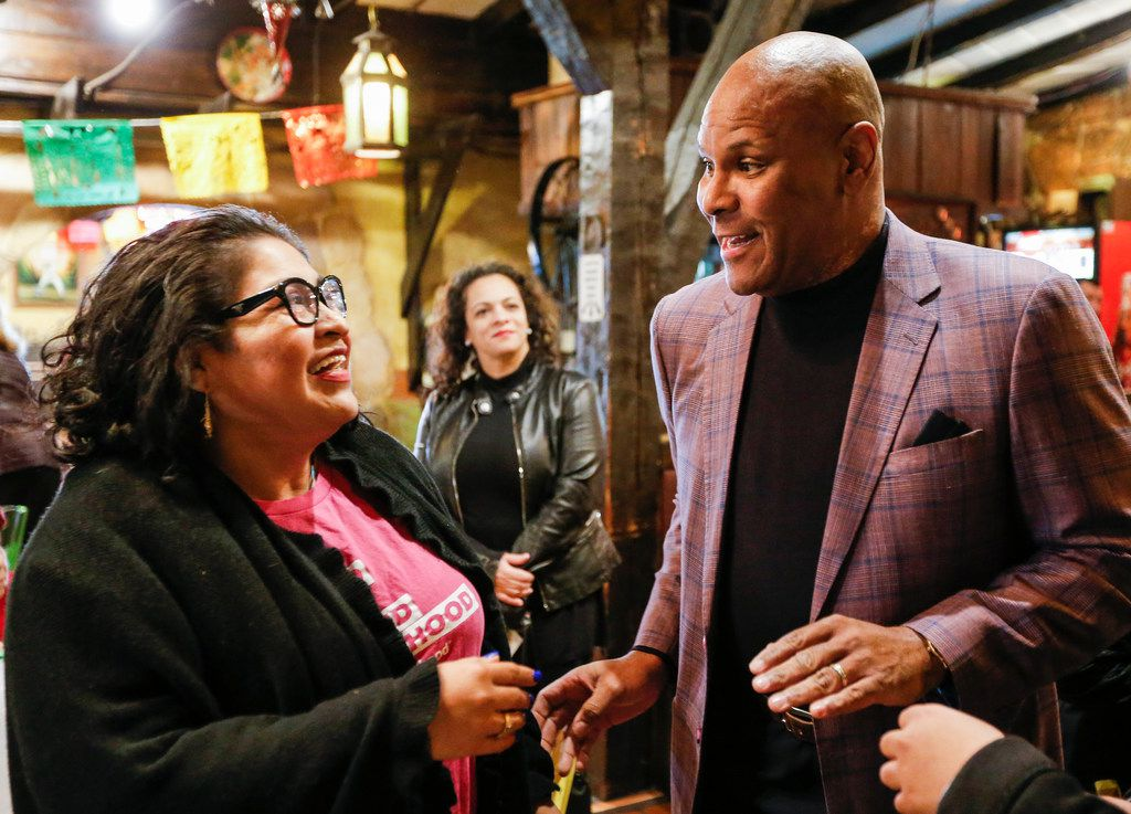 Dallas mayoral candidate Albert Black Jr. greets Soraya Colli, a North Texas community organizer for Planned Parenthood Texas Votes, during a community breakfast at El Ranchito Restaurant hosted by the League of United Latin American Citizens on Jan. 5, 2019.