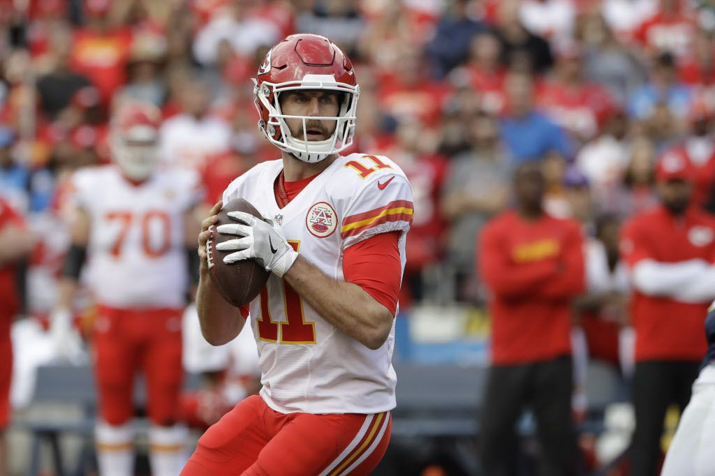 Kansas City Chiefs quarterback Alex Smith looks to throw a pass during the first half of an NFL football game against the San Diego Chargers Sunday, Jan. 1, 2017, in San Diego. (AP Photo/Alex Gallardo)