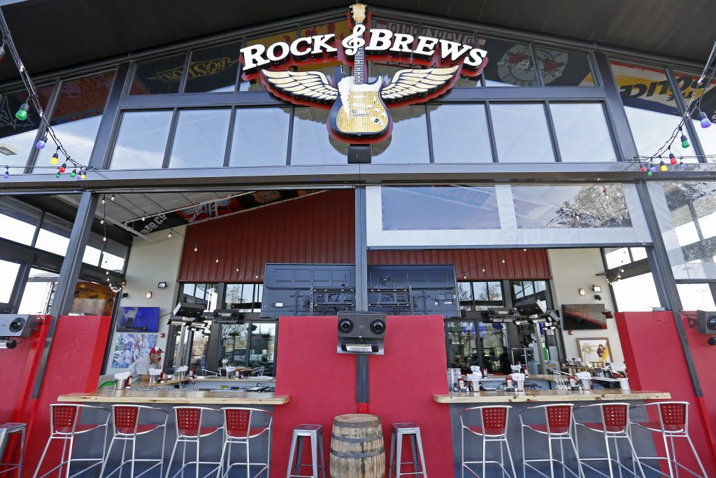 The bar in the patio area at Rock & Brews in The Colony, Texas, Tuesday, March 8, 2016. (Jae S. Lee/The Dallas Morning News)