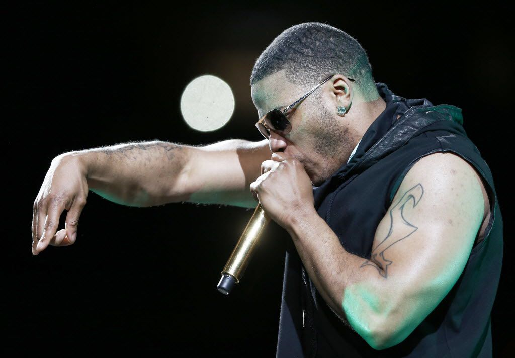 Nelly performing at American Airlines Center in Dallas on May 14, 2015.