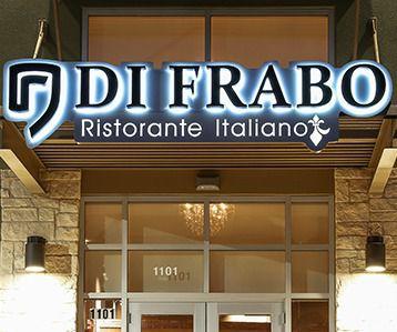 En el restaurante Di Frabo en San Antonio dejaron un mensaje contra el dueño mexicano.