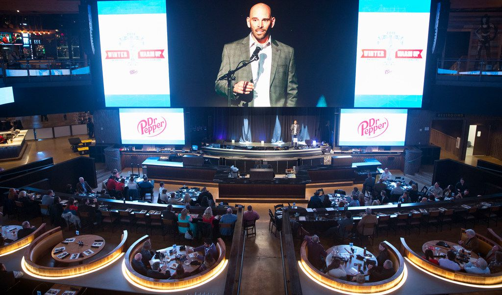 Texas Rangers manager Chris Woodward delivers remarks during the 2019 Dr. Pepper Texas Rangers Awards Dinner at Texas Live! in Arlington, Texas on Friday, January 25, 2019. (Daniel Carde/The Dallas Morning News)