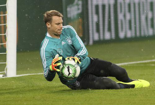 Manuel Neuer fue incluido en la nómina final de Alemania. Foto AP