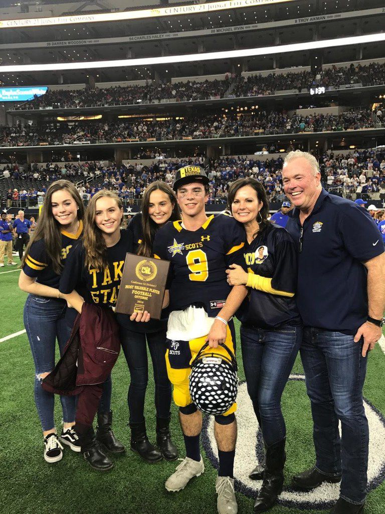 Highland Park quarterback John Stephen Jones is the son of Cowboys executive vice president Stephen Jones and grandson of Cowboys owner Jerry Jones. He led Highland Park to the 2016 UIL Class 5A Division I state championship, and has the Scots in the state semifinals in 2017. Pictured here from left to right: Sisters Jessica, Caroline, Jordan, John Stephen, Karen and Stephen. (Courtesy/Karen Jones)