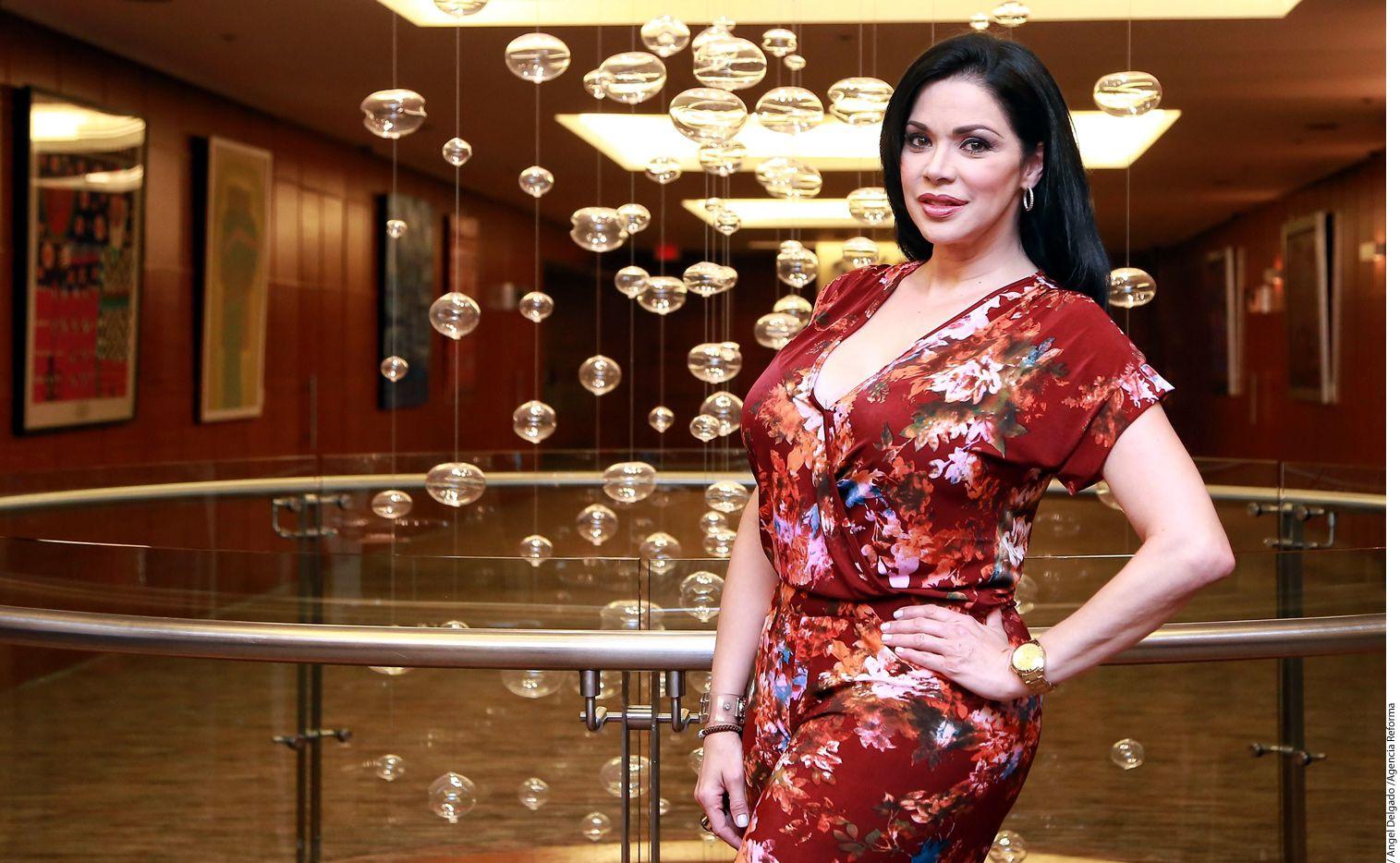 Astrid Carolina Herrera, Miss Mundo 1984, dijo que la tensión social y la crisis económica impactan a los concursos de belleza en su país./AGENCIA REFORMA