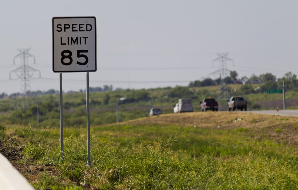 The developer of Austin-area State Highway 130 filed for bankruptcy last week as the toll road has suffered from lackluster use. Meanwhile, three Austin-area toll officials are facing ethics complaints from Texans for Public Justice. (Ricardo B. Brazziell/American-Statesman)
